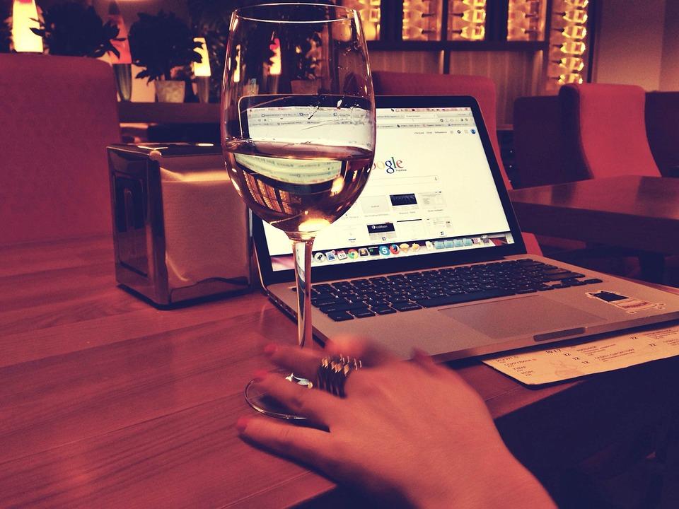 Macbook, Wine, Google, Laptop, Computer, Technology