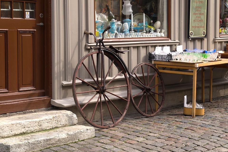 Romantic, Gothenburg, Road