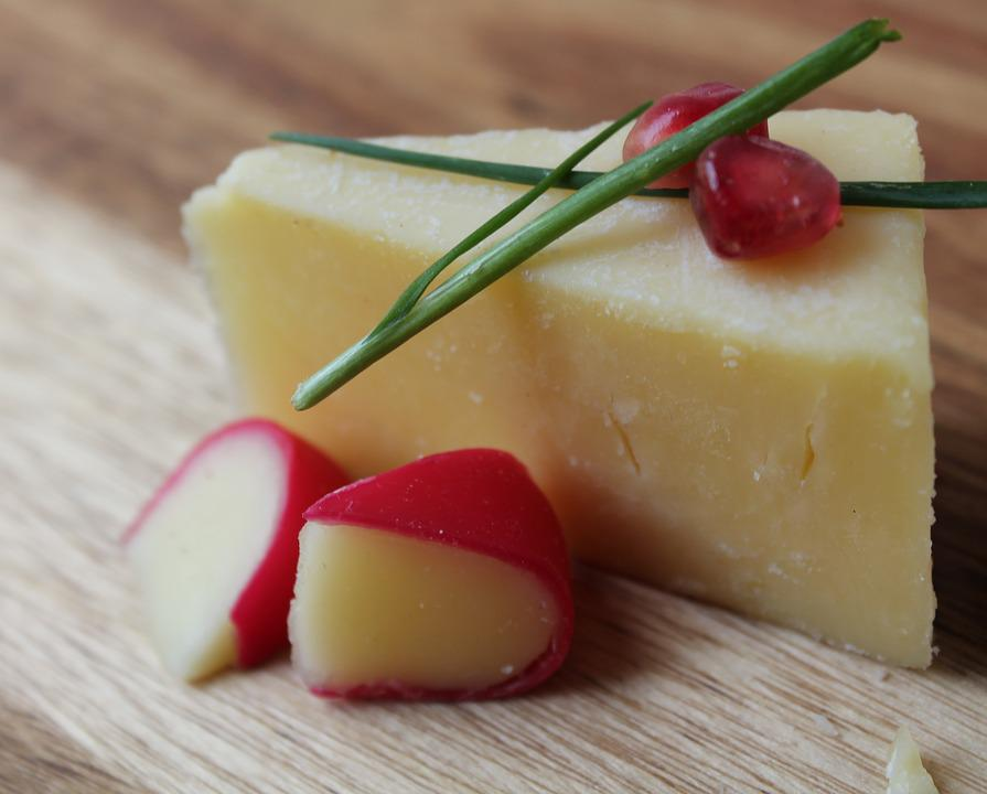Cheese, Cheddar Slice, Gouda Slice, Chives, Diary