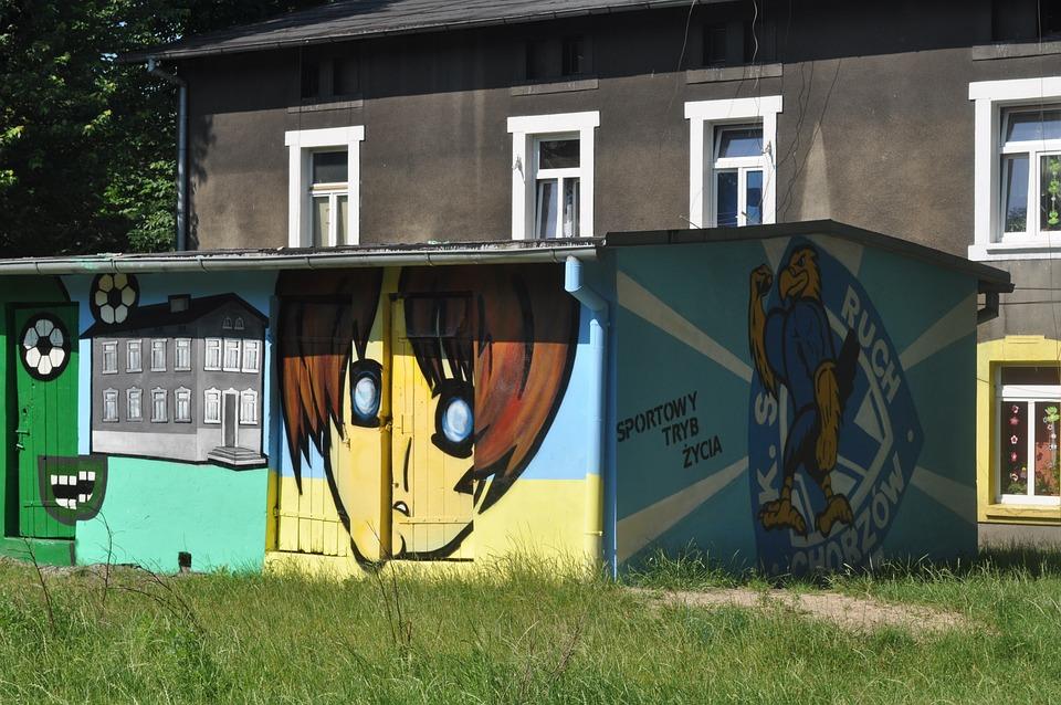 Graffiti, Kamienica, Building