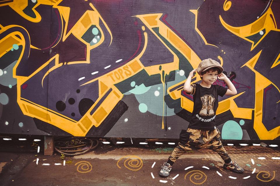 Graffiti, Posing, Advertising Children's Clothing
