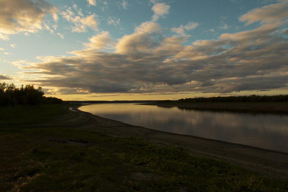 River, Lake, Riverbank, Lakeside, Water, Grass, Dawn