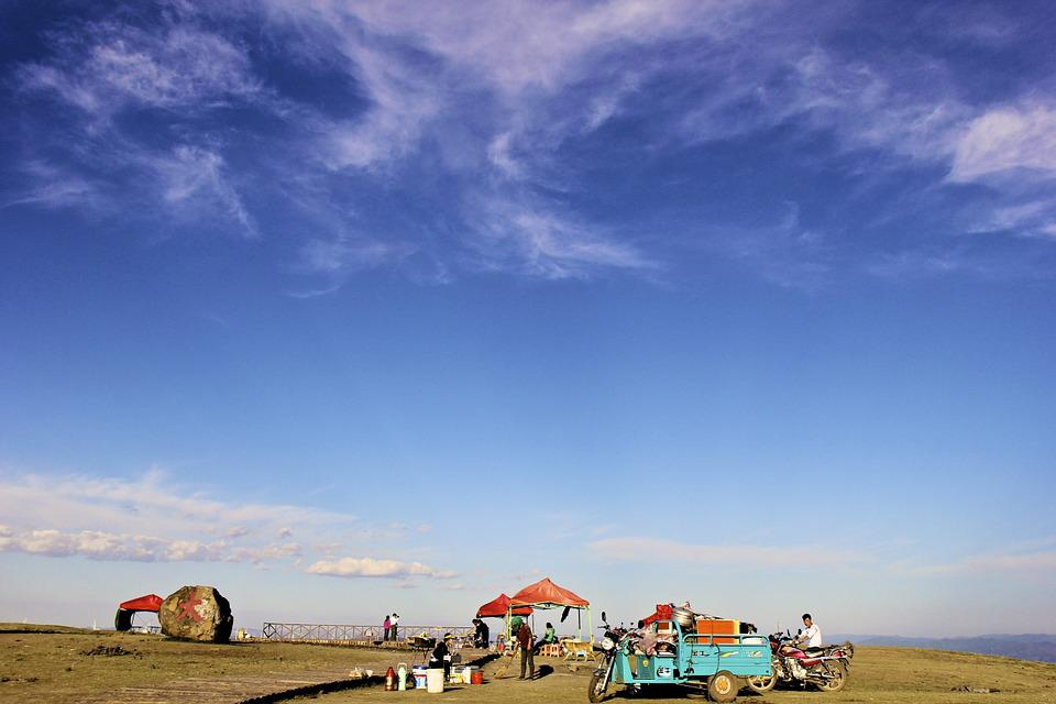 Zhangbei, Grasslands Road, Blue Sky