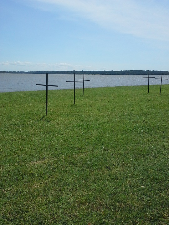 Jamestown, Graves, Grave Markers, James River, America