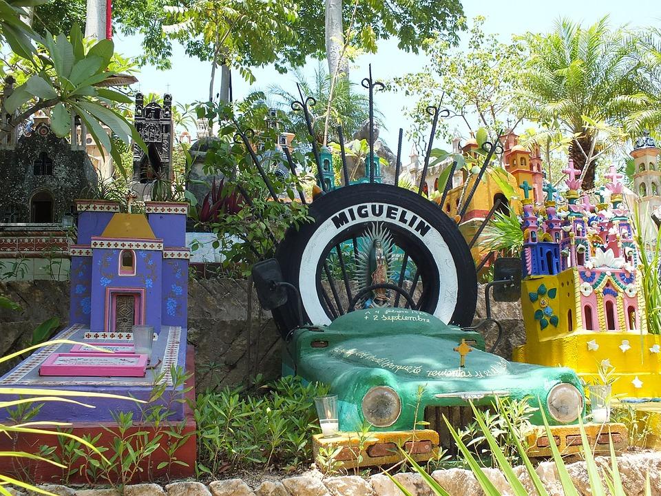 Cemetery, Graves, Car, Yucatan, Mexico