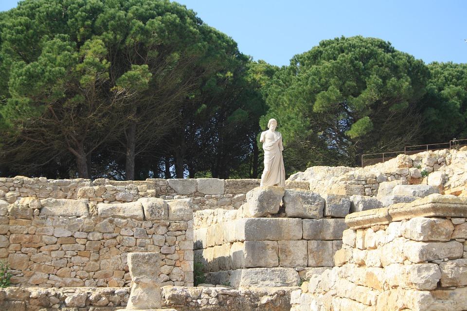 Exhumation, Greek, Spain