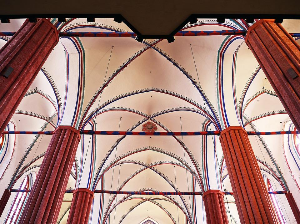 Church Vault, Greifswald, St Mary's Church, Pillar
