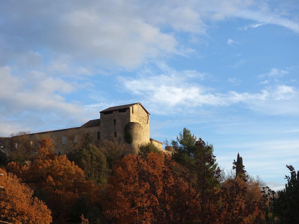 Gréoux-les-bains, Provence, Haute-provence