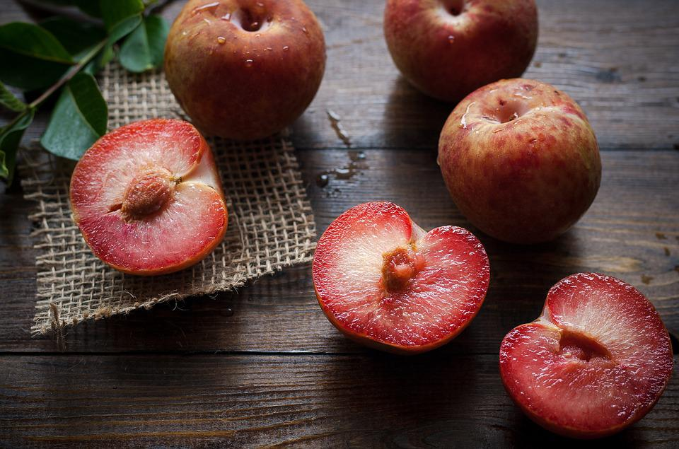 Plums, Ripe, Healthy, Sliced, Half, Food, Fresh, Fruit