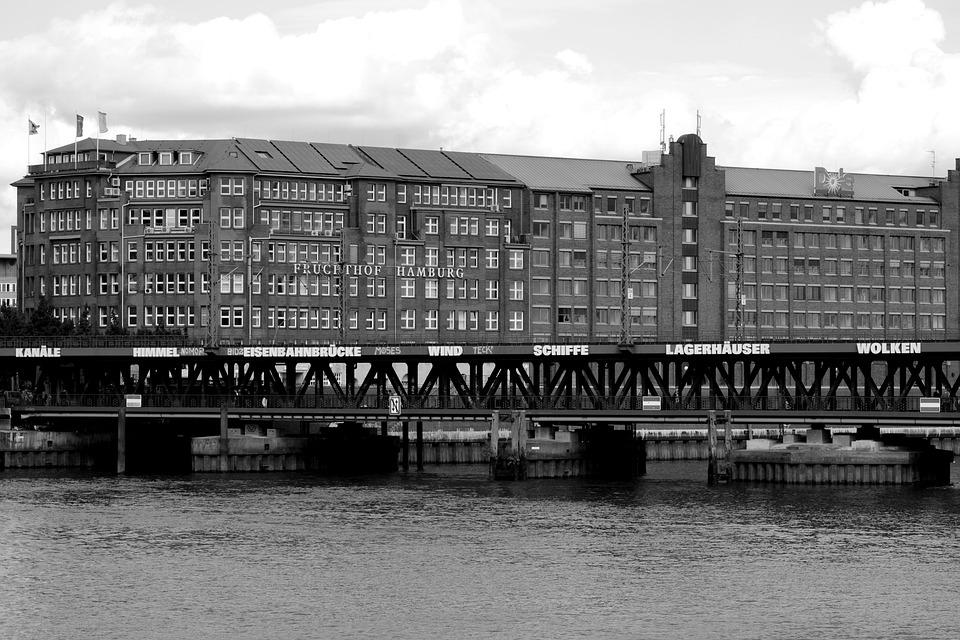 Hamburg, Fruit And Vegetable Market, Bridge, Art
