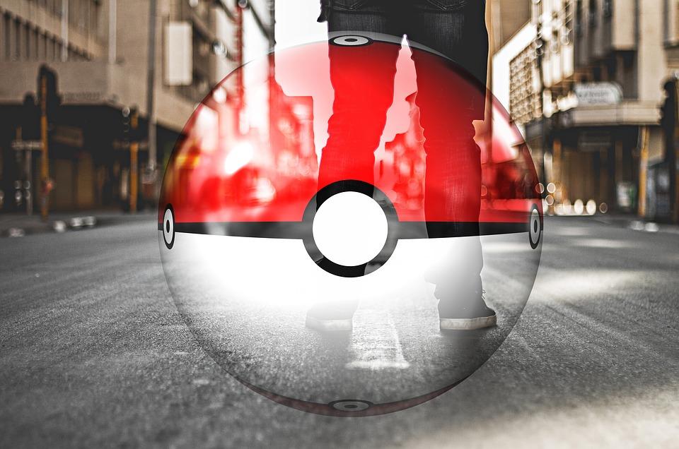 Pokemon, Pokemon Go, Hand, Smartphone, Legs, Road