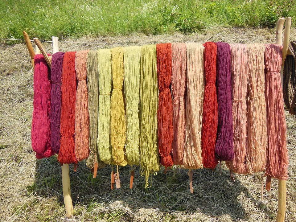 Wool, Woolen Yarn, Hand Spun, Dyed, Color Full