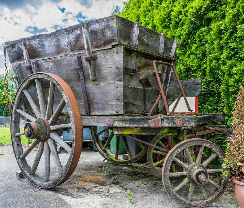 cart handcart transport zugkarre wooden wheel old