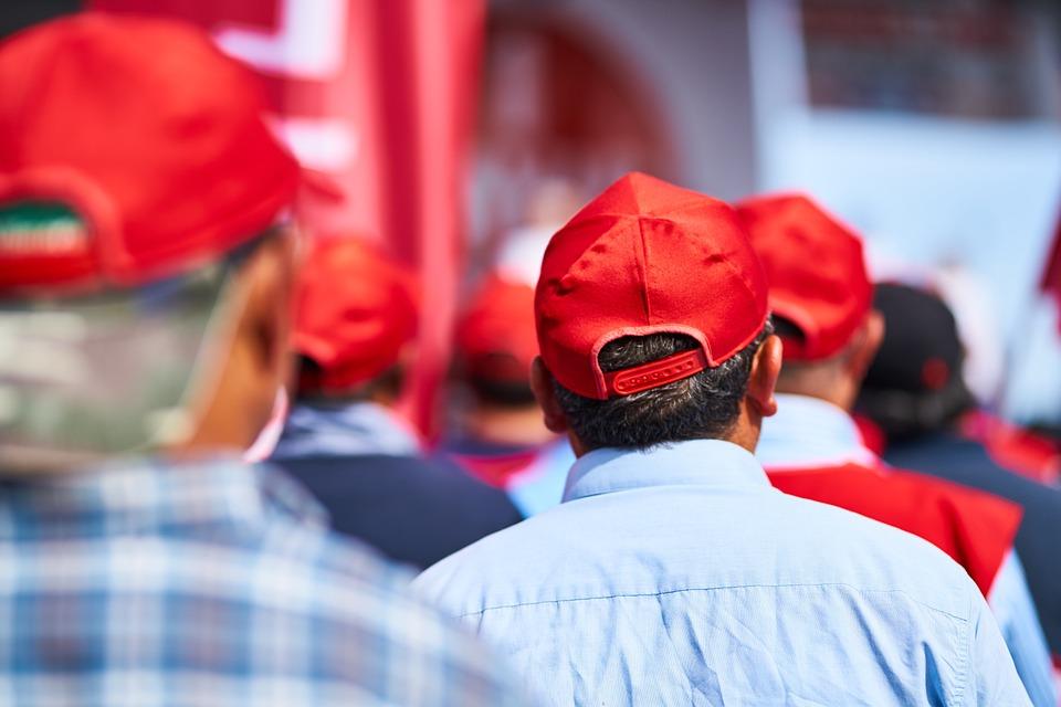 Red, Hat, Men's, Rear, Back, Action, Show, Match, Old