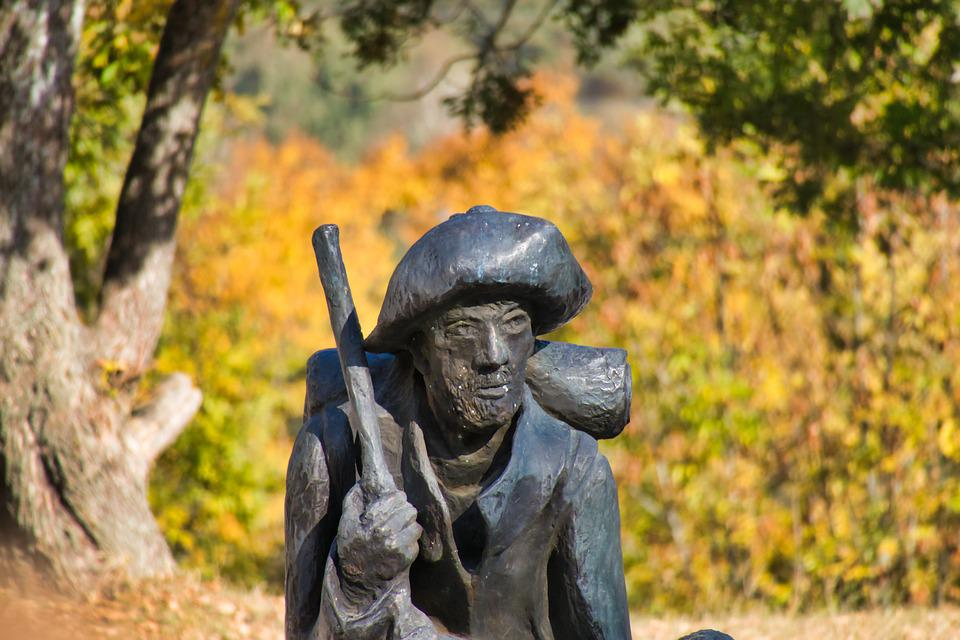 Man, Sculpture, Hat, Hohenberg, Rosenberg, Floor