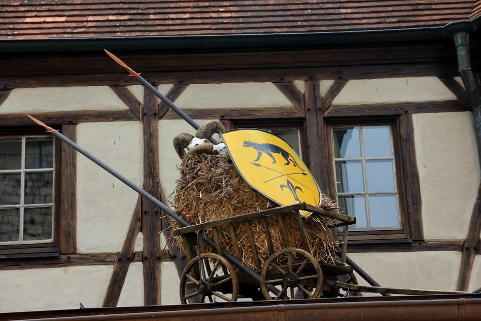 Stroller, Dare, Hay Wagon, Hay, Lances