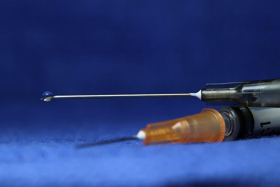 Syringe, Medical, Needle, Health, Medicine, Treatment