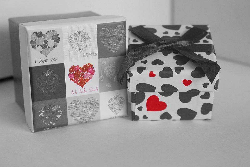 Gift Box, Gift, Valentine's Day, Heart, Love