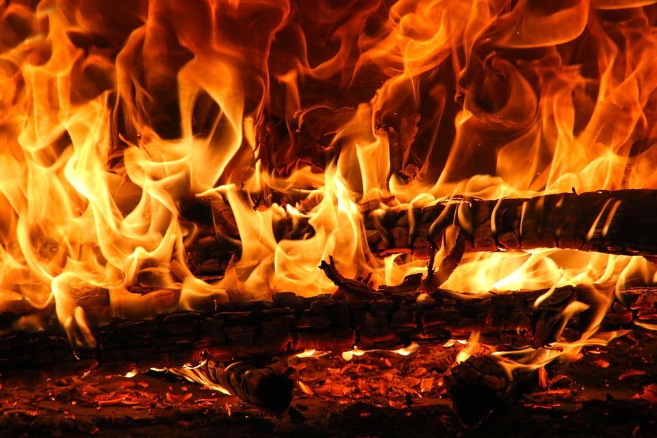 Fire, Flame, Burn, Hot, Glow, Campfire, Heat, Smoke