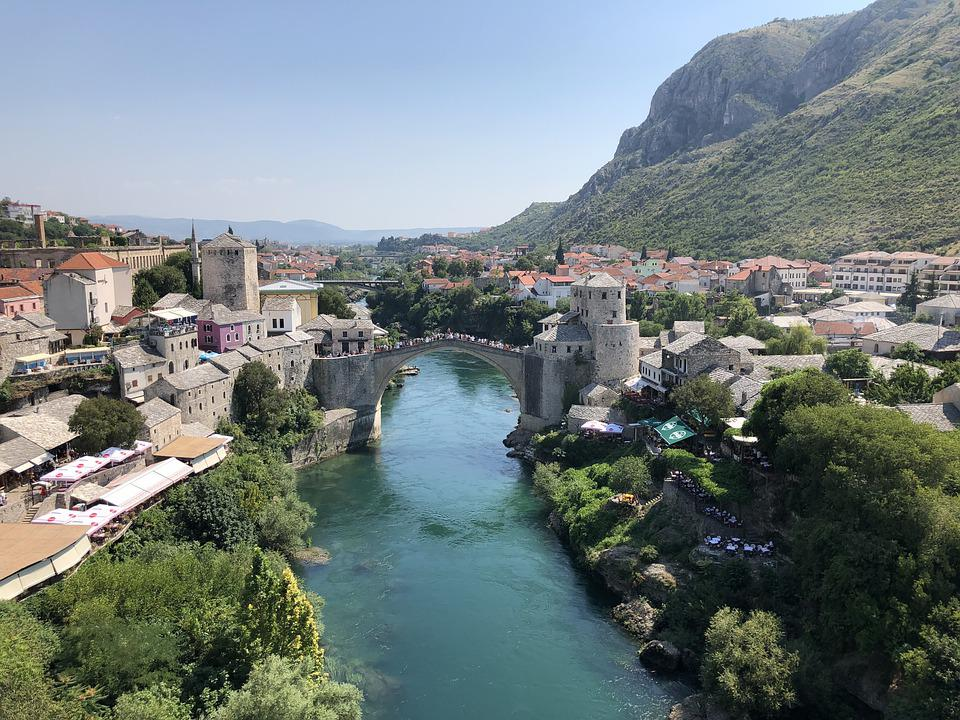 Bosnia, Show, Heritage