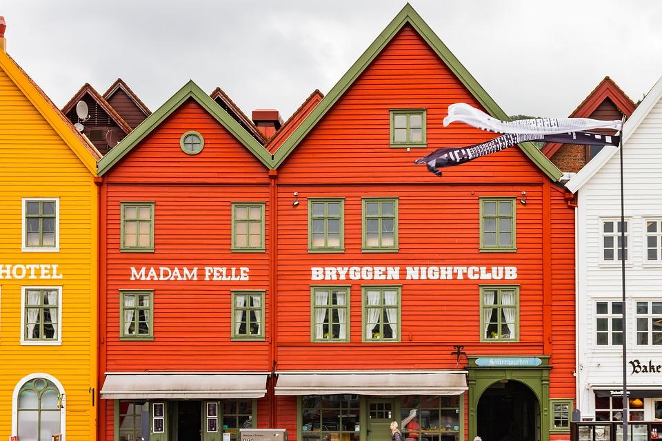 Mountains, Bryggen, Norway, Historic Center