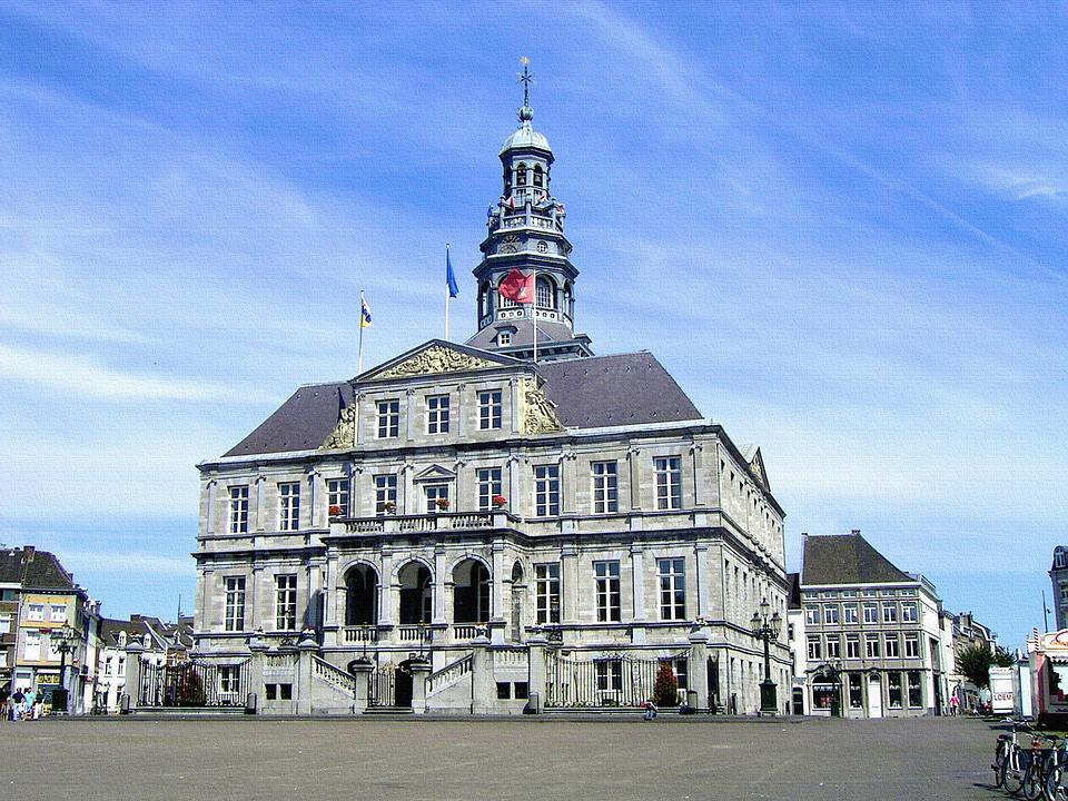 Maastricht, Town Hall, Historical Center, Market