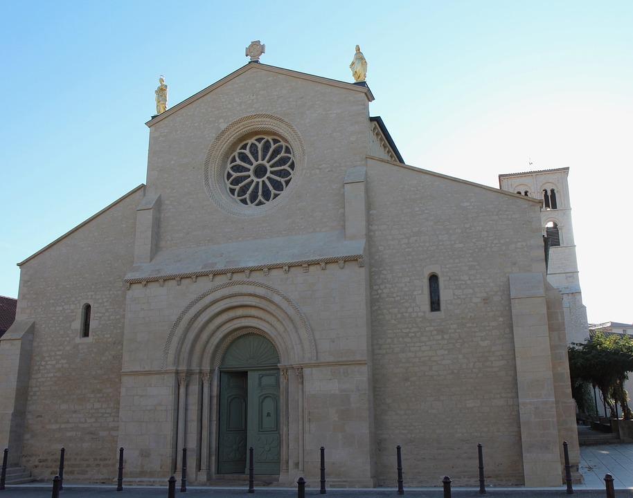 Belleville Sur Saône, Abbey, Historical Monument
