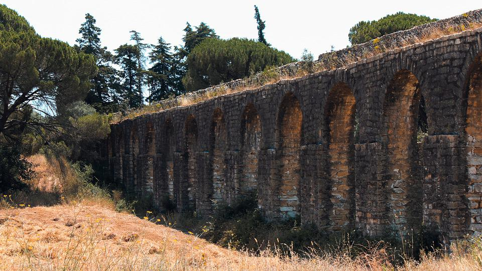 Aqueduct, Tomar, Portugal, Structure, Historical