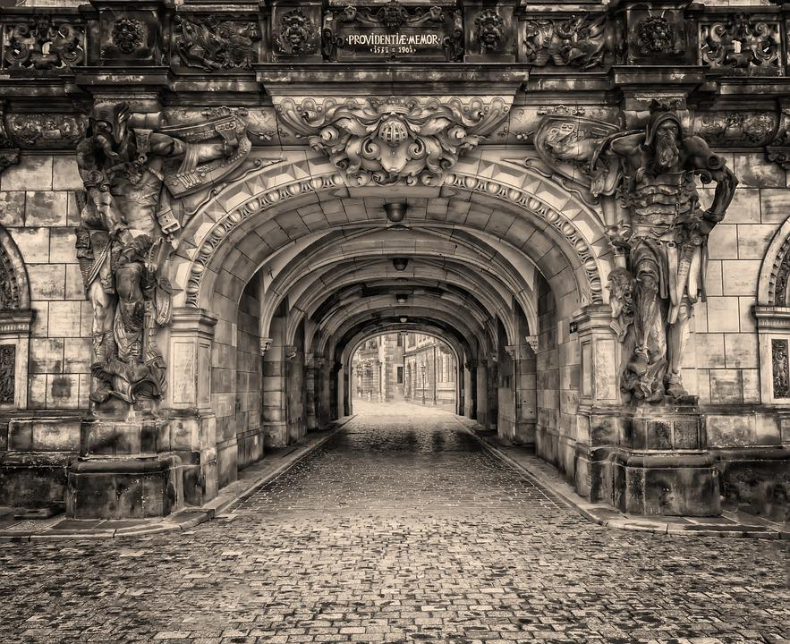 Dresden, Old Town, Historically, Tunnel