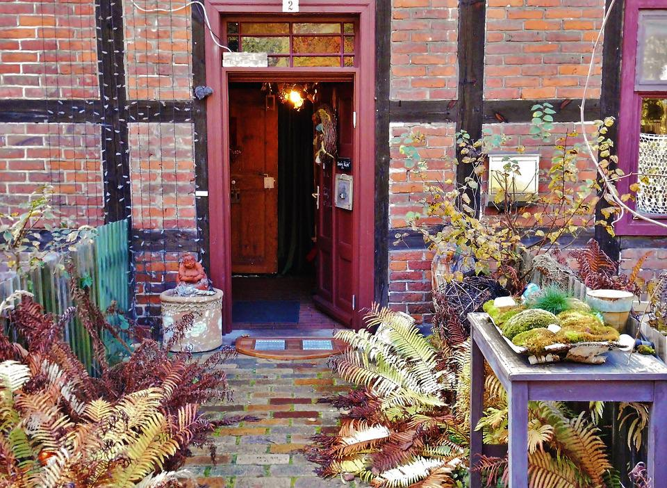 House Entrance, Nostalgic, Old Door, Historically