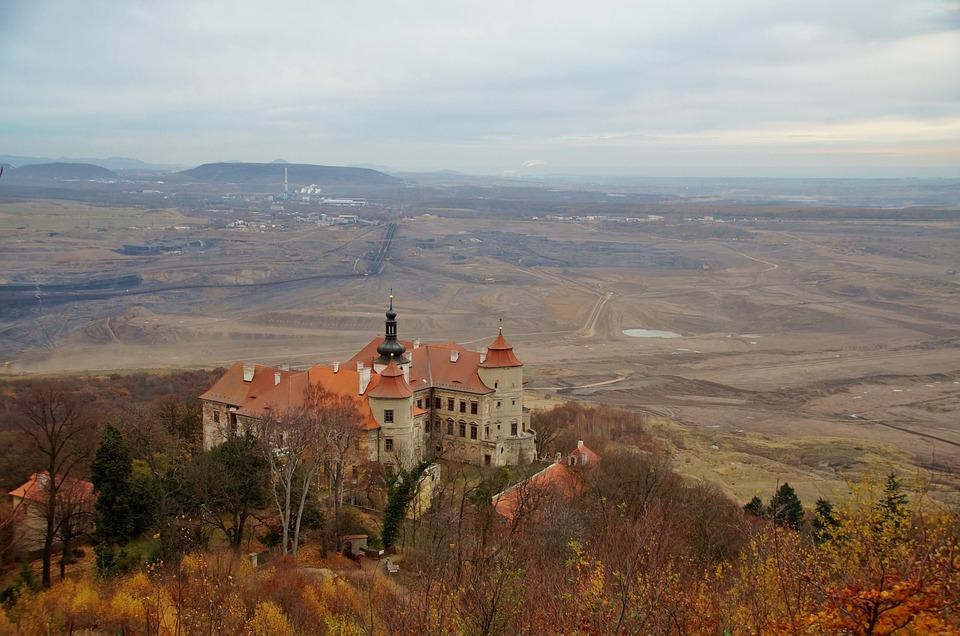 Castle, Jezeří, History, Building, Mining Activity