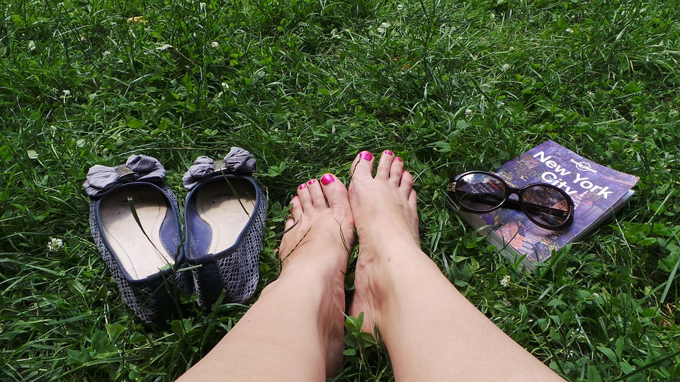 Feet, Grass, Travel Guide, Sunglasses, Holiday, Lazy