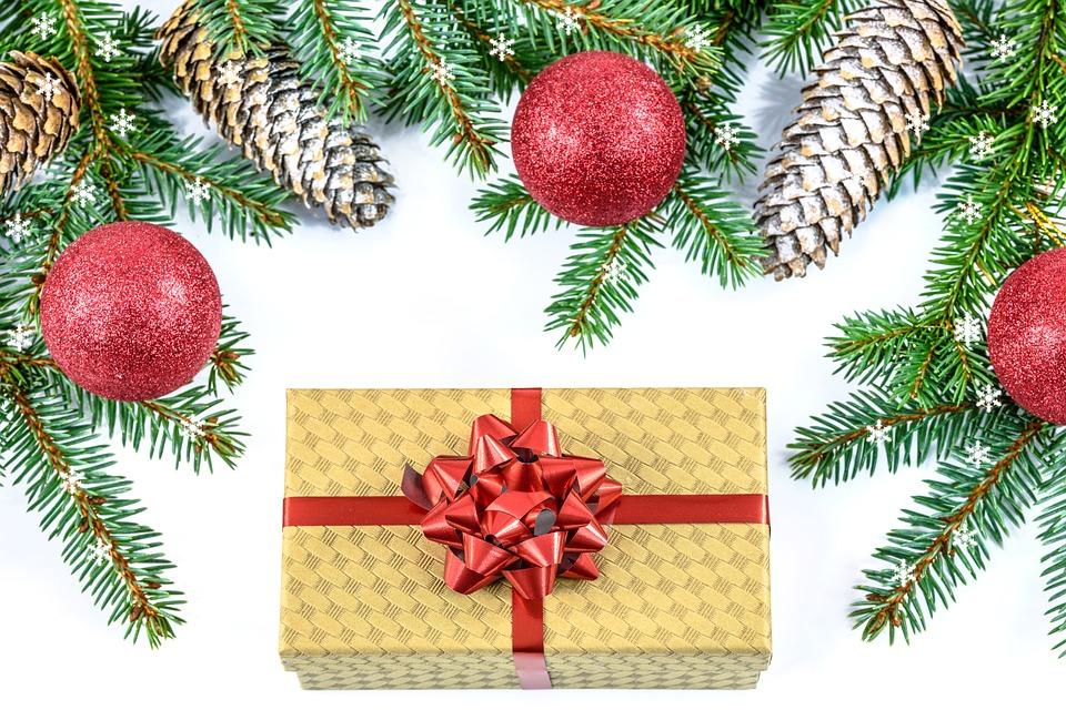 Christmas Gift, Holidays, Christmas, The Tradition Of