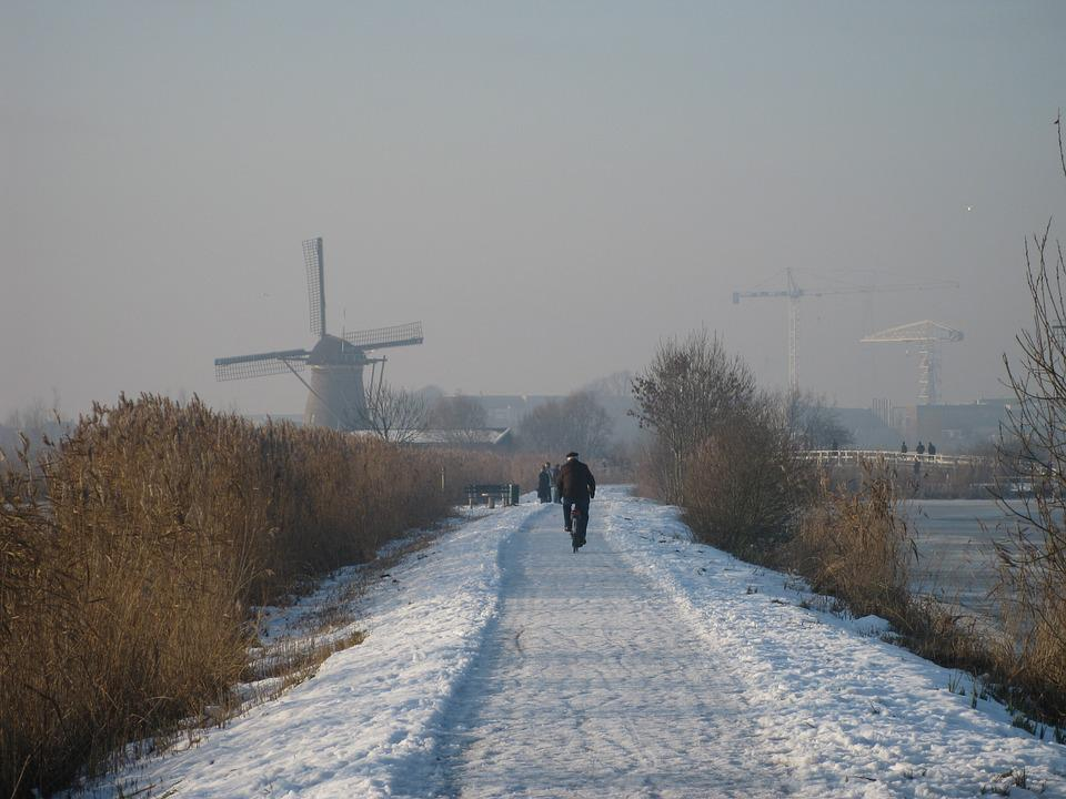 Kinderdijk, Holland, Molina, Winter Landscape