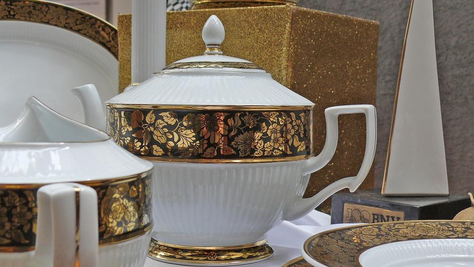 Hollóháza, Porcelain, Gold Plated