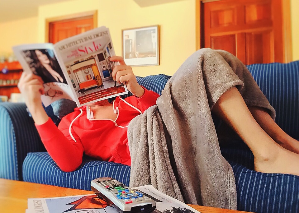 Reading, Couch, Relax, Sofa, Indoors, Leisure, Home