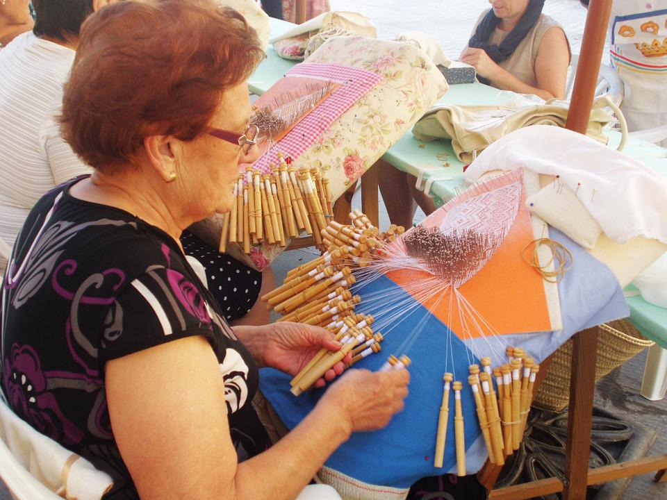 Bobbin Lace, Weaving, Looms, Stitches, Hook, Needles