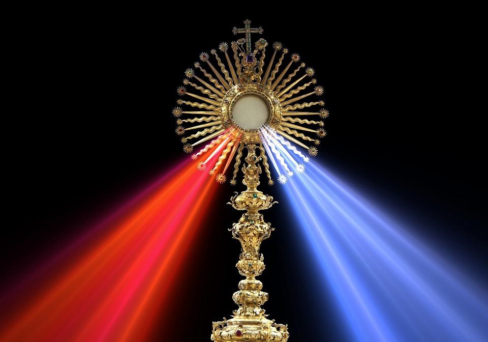 Eucharist, Divine Mercy, Monstrance, Host