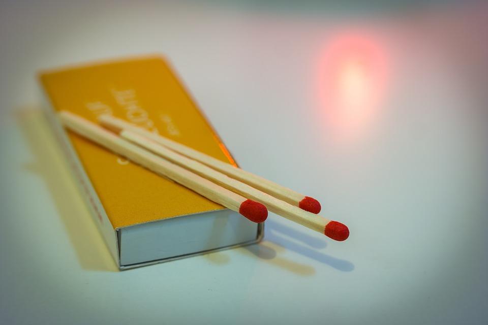Matches, Fire, Flame, Firelight, Hot, Light, Match