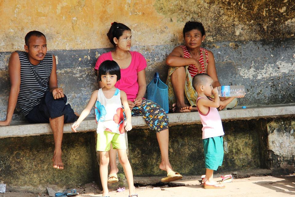 Burmese, Local, Yangon, Myanmar, Tourist, Travel, Hot