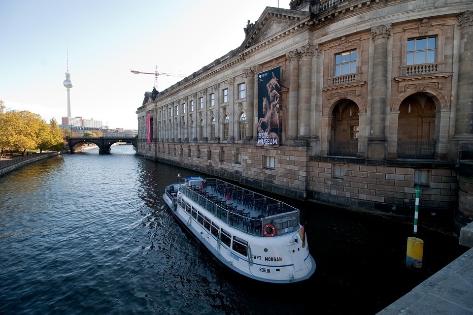 Hotels In Berlin, Germany, Museum, Island