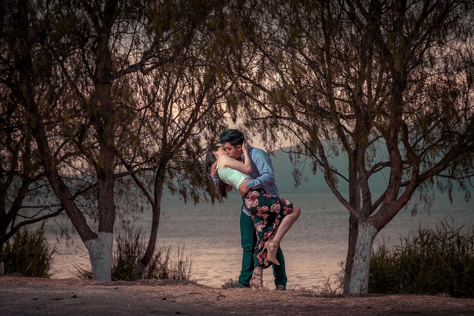 People, Couple, Man, Woman, Hug, Kiss, Love, Outdoor