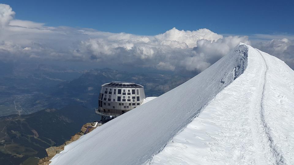 Mont Blanc, Goûter Hut, Refuge Du Goûter, Hut, Modern
