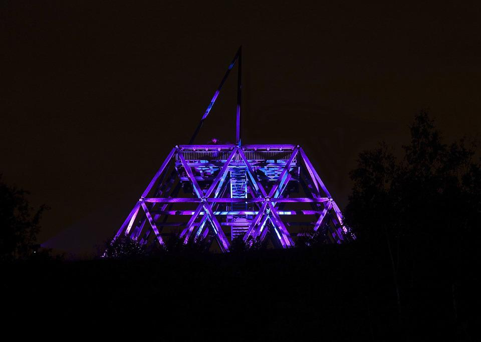 Illuminated, Extra Layer Of, Track Plant Tower