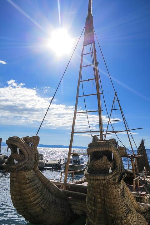 Inca Boats, Isla Del Sol, Bolivia, Ocean, Sea, Sunshine