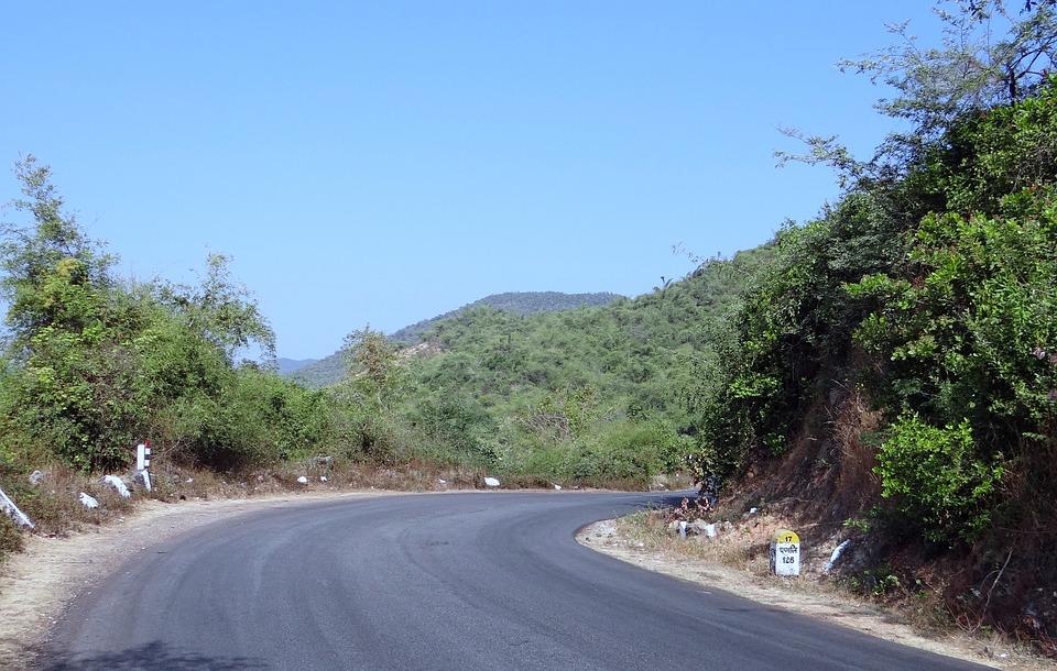 Street, Road, Downhill, Karnataka, India, Mountains