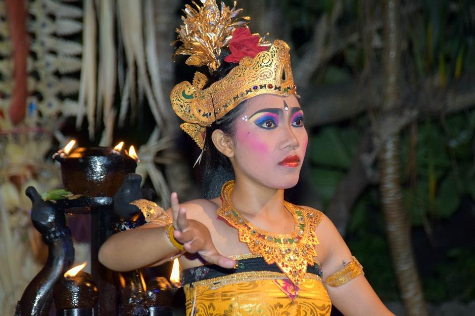 Bali, Indonesia, Travel, Ubud, Event, Dance Sideshow