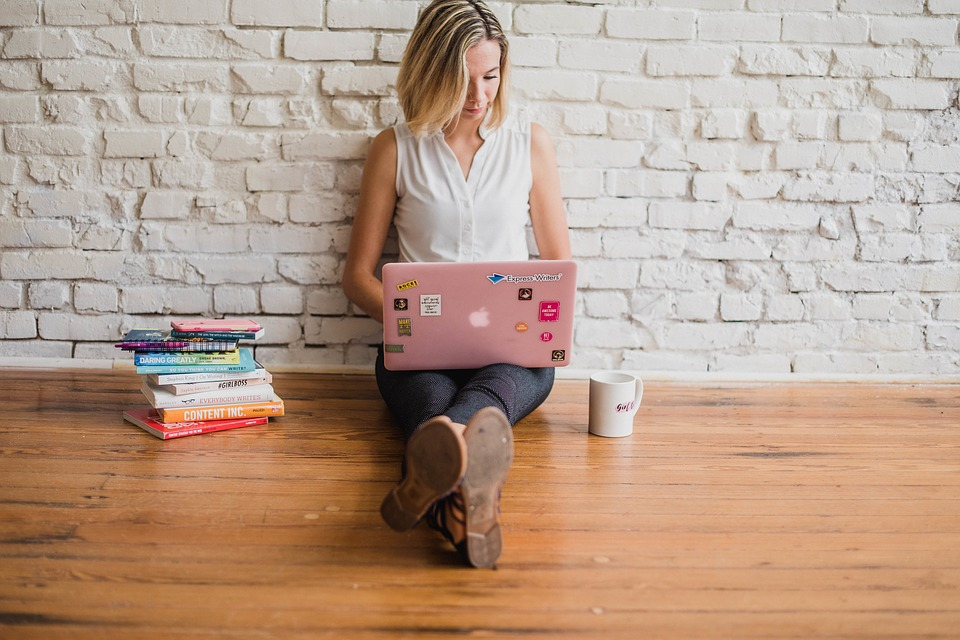 Influencer, Writing, Girl, Woman, Typing, On Computer