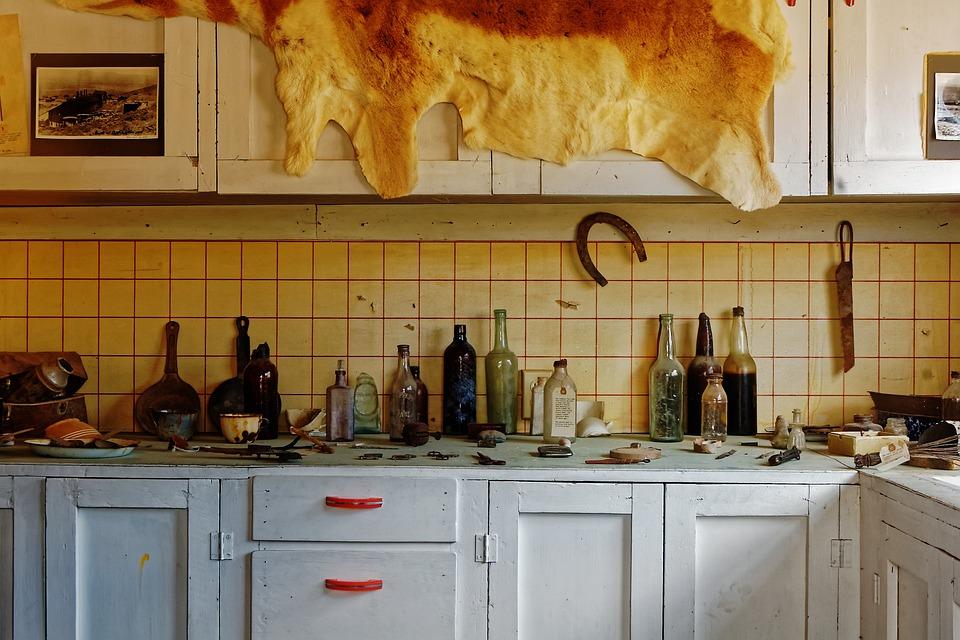 Inside, Home, Ghost Town, Berlin, Nevada, America, Usa