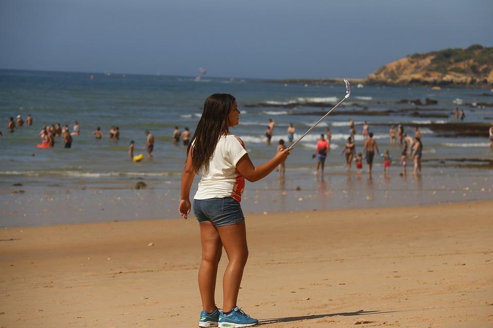 Sellfie, Instangram, Beach, People, Child Playing